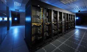 Supercomputer cluster